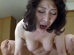 http://img2.sexcdn.net/0p/d4/aa_asian_mature.jpg
