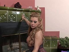 Glamorous Dorothy Black is addicted with her dildo