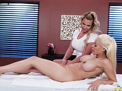 Busty babe, Luna Star, is so hot and sexy that it is easy for her to seduce any woman she wants. This time her victim was curvy milf, Phoenix Marie. She started her sensual play with tender kisses and... Join and watch how busty lesbians are fucking on the massage table