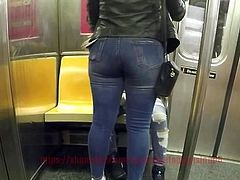 Thick Booty In Denim Jeans