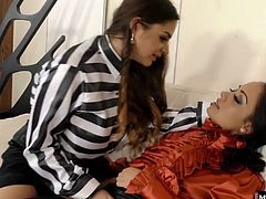 Cathy Heaven just sealed a billion dollar deal for her associate. It makes the girls so crazy horny to think about all the shopping theyll do in Europe, Cathy and Melon cant keep their hands off each other. Showing her how its done, Melon eats Cathys pussy until shes drenched, then works her fingers in, adding a few more at a time, until shes got her fist in up to the wrist, fucking her glam friend to orgasm.