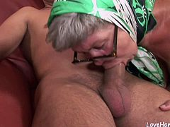 Old granny is hot and she loves riding