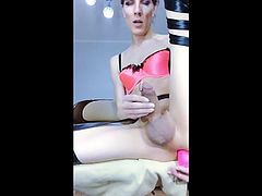 TS femboy in compilation cums.