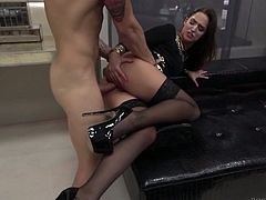 Fabulous Hungarian hottie Amirah Adara does everything her client desires