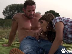 Booty Stephanie Sierra gets her ass fingered and banged by huge cock outdoors