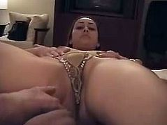 Gorgeous Arab wife nude in hotel