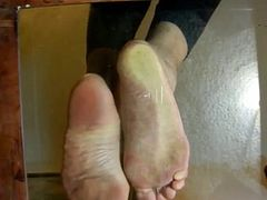 Slut getting her feet worshiped