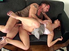 Gorgeous Linda Ray and David Perry anal creampie
