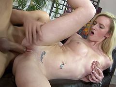 Tattooed chick Skylar Green rides a dick like her life depends on it