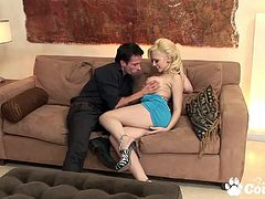 Perfect blonde Kagney Linn Karter fucking doggystyle a fat dick and gets cumshot on her body
