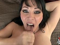 Big tits pornstar pov and cumshot