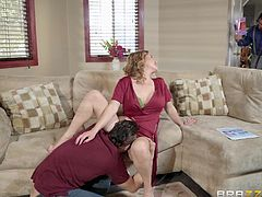 Liza is like any other woman in one way: she enjoys sex, and it's being filled that gives her the most enjoyment. Her husband isn't that big, and he's usually too busy handling business to pay attention, so when his friend Jordi is over, he doesn't even notice that his buddy is licking his wife.