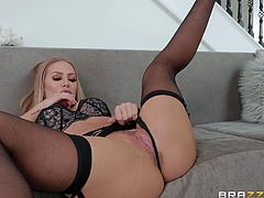 Keiran came to greet his new neighbors and could not even imagine, that he will be so lucky. Nicole Aniston, his new sexy neighbor was so horny, that quick after a small talk, she invited him inside and offered him her wet pussy... Hot stuff!