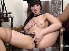 Brookelynne Briar Talks Dirty And Fingers Pussy