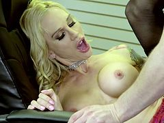 Trashy looking tramp Sarah Jessie is face fucked before a hardcore pussy pounding