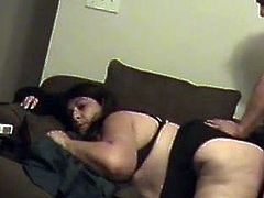 BBW couch mouth and pussy fucked