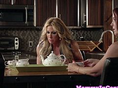 Threeway stepmom roughly drilled balls deep