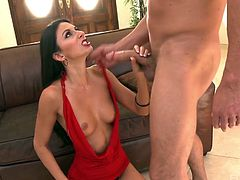 Man eating seductress Nikki Daniels is eager for hardcore pussy pounding