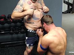 Topher Phoeniox and MuscleBull have had a rough workout, and they are ready to play. As they get started in the locker room, Coach Zev catches them, and wants to know what the fuck is going on. These two cant help but submit to the Coach. Topher takes a good raw ass pounding from Coach and then Coach turns it over to MuscleBull to finish the job. Finally, Topher makes sure he gets his fair share by bareback fucking MuscleBull.