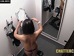 PERVY Shopkeeper Installs CAM in Womens Changing Room