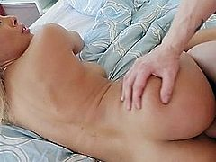 Bootylicious Babe Luna Star Gets Fucked Hard