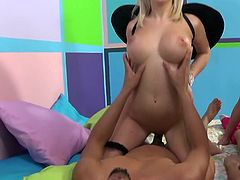 Getting pounded together pleases both Bibi Noel and her friend