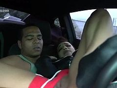Pretty lightskin ebony fingered in car
