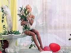 Skinny Blonde Cucumber Bate Pt1-Watch Part2 on Tubegasms com