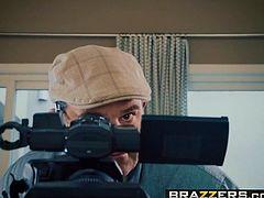 Brazzers - Pornstars Like it Big - Jennifer White Danny D