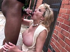 Lady Sonia and black Lover