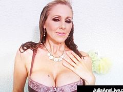 Soaking Wet Cougar Julia Ann Plays With Her Pussy In Shower!