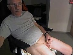 old man jerks off on cams
