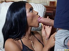This interracial sex session deserves your attention. Kiki Minaj is all alone in her house and this is not correct, especially considering that she is beautiful, sexy and in need of attention. Fortunately, her horny neighbor does not let her get bored, because the guy with such a huge dick is simply not able to pass by such a chocolate beauty
