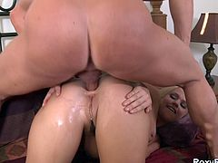 Sexy blonde Roxy Raye ass drilled hard