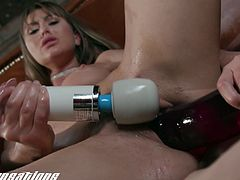 Paige Owens Loves Big Toys Inside Her Pussy