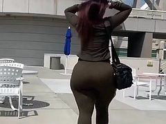 Autumn's Big Curvy Ass