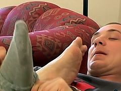 Awesome twink freaks with a foot fetish get together