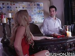 Jessa Rhodes found out her boyfriend had cheated on her while at the bar. What else would she do besides fuck the bartender? Jessa sucks and fucks this lucky guy until he covers her pussy in cum!