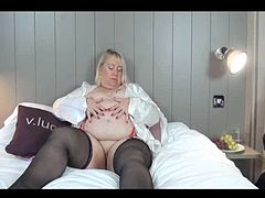 Lexie masturbating herself when the butler arrives and takes over. Then Speedybee turns up we now have a threesome