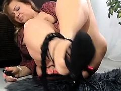 Chubby Mature Gong At Her Pussy And Squirting In Heels Sexy